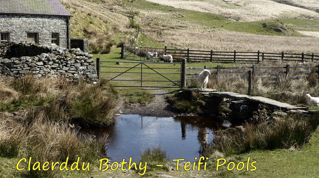Claerddu Bothy - Tefifi Pools